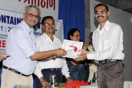 Dhund Ravi & Dr. Jabbar - Sahityabhushan 02